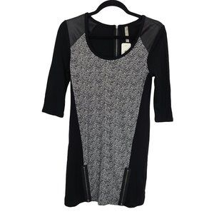 THYME Black & White Tunic Length with Front Zips S
